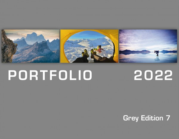 "Cover Portfolio ""Grey Edition"" 2022"