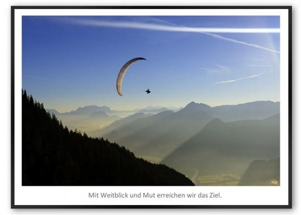 """Motivationsposter """"Weitblick und Mut"""" mit schwarzem Designrahmen"""